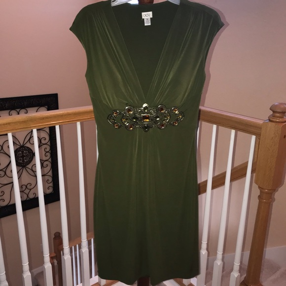 Cache Dresses & Skirts - Beautiful Forest Green Caché Dress